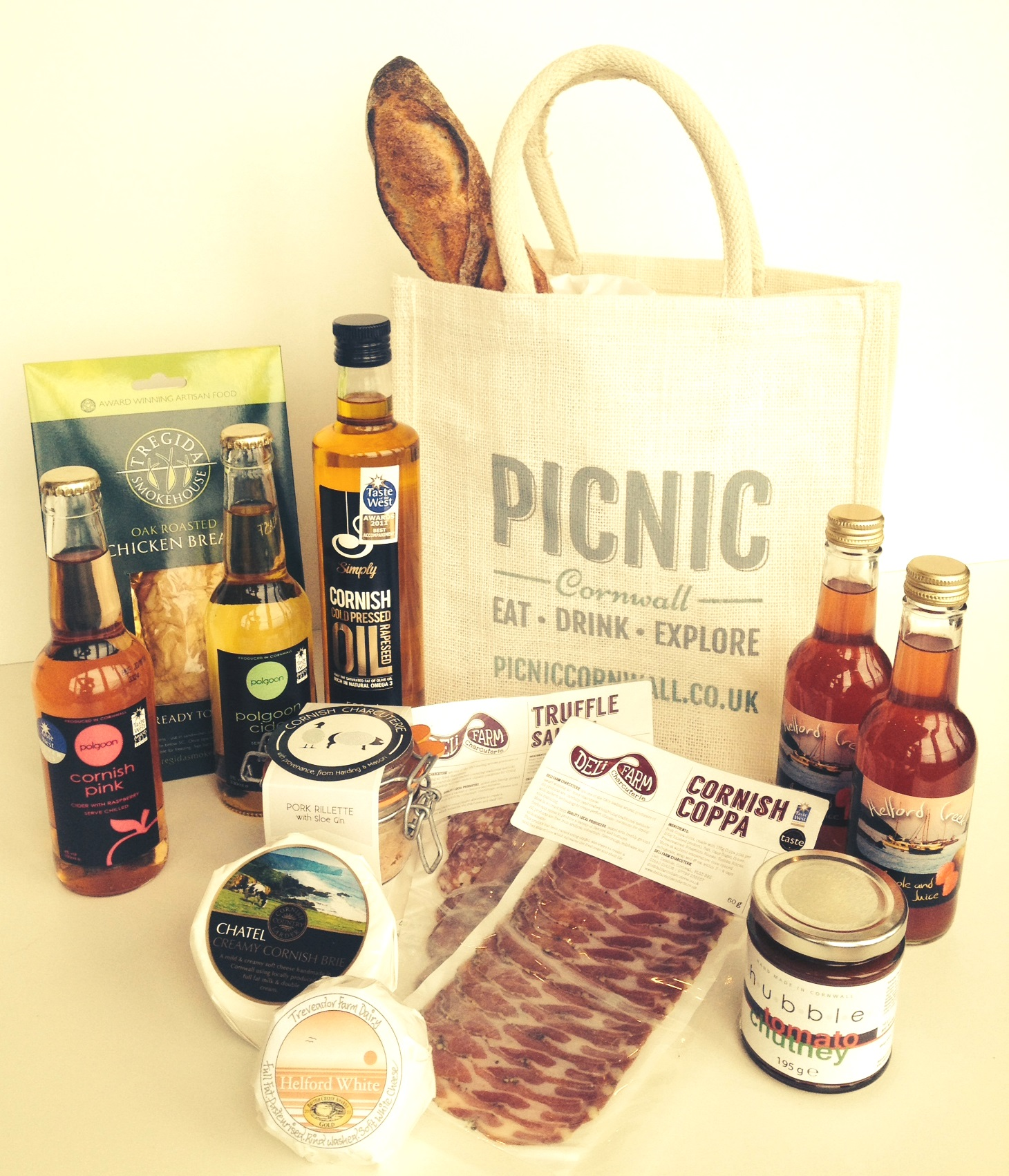 Picnic Cornwall Cornish Hamper Falmouth 2