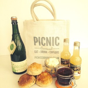 Picnic Cornwall Cornish Hamper Falmouth 5