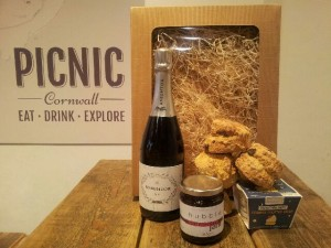 Cornish Mothers Day Hampers & Cornish Mothers Day Gifts at Picnic Cornwall